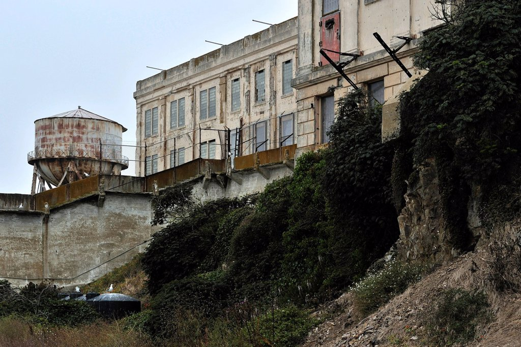 Cell block, exterior view, Alcatraz Island, California, USA : Stock Photo