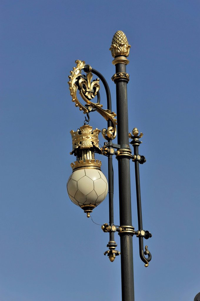 Gold_plated lamp post on the grounds of the Palacio Real or Royal Palace, Madrid, Spain, Europe : Stock Photo