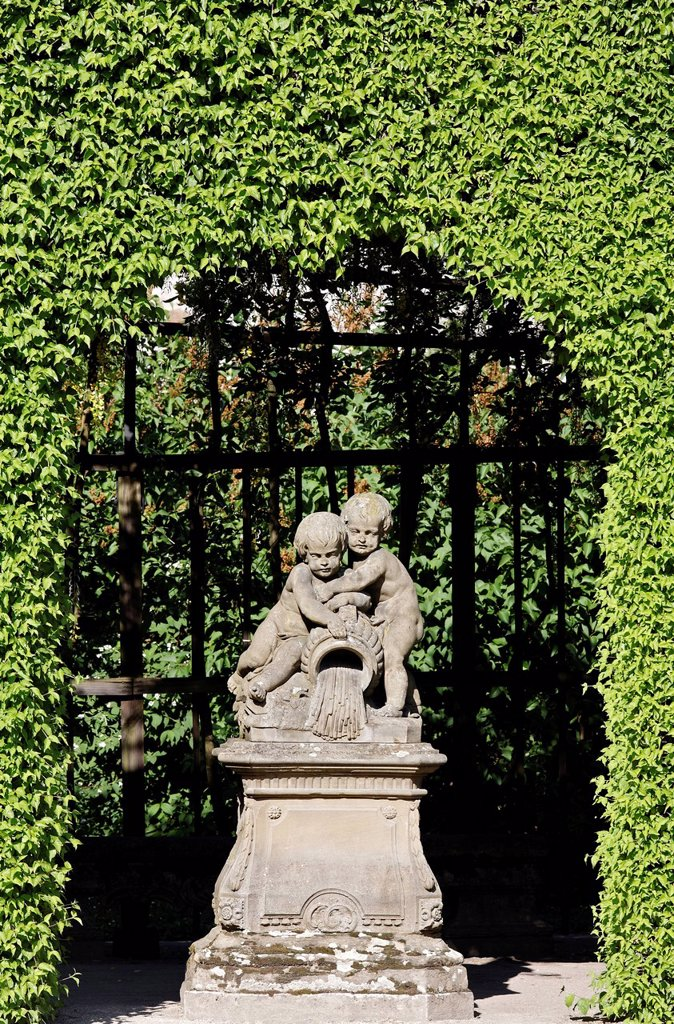 Stock Photo: 1848-679905 Putti by Johann Peter Wagner, arcade in the castle garden, Wuerzburg Residence palace, Unesco World Heritage Site, Wuerzburg, Lower Franconia, Bavaria, Germany, Europe