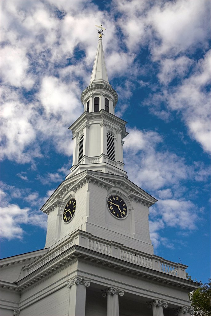 Stock Photo: 1848-680045 The white_steepled First Parish Church against a white and blue sky, Lexington, Massachusetts, USA