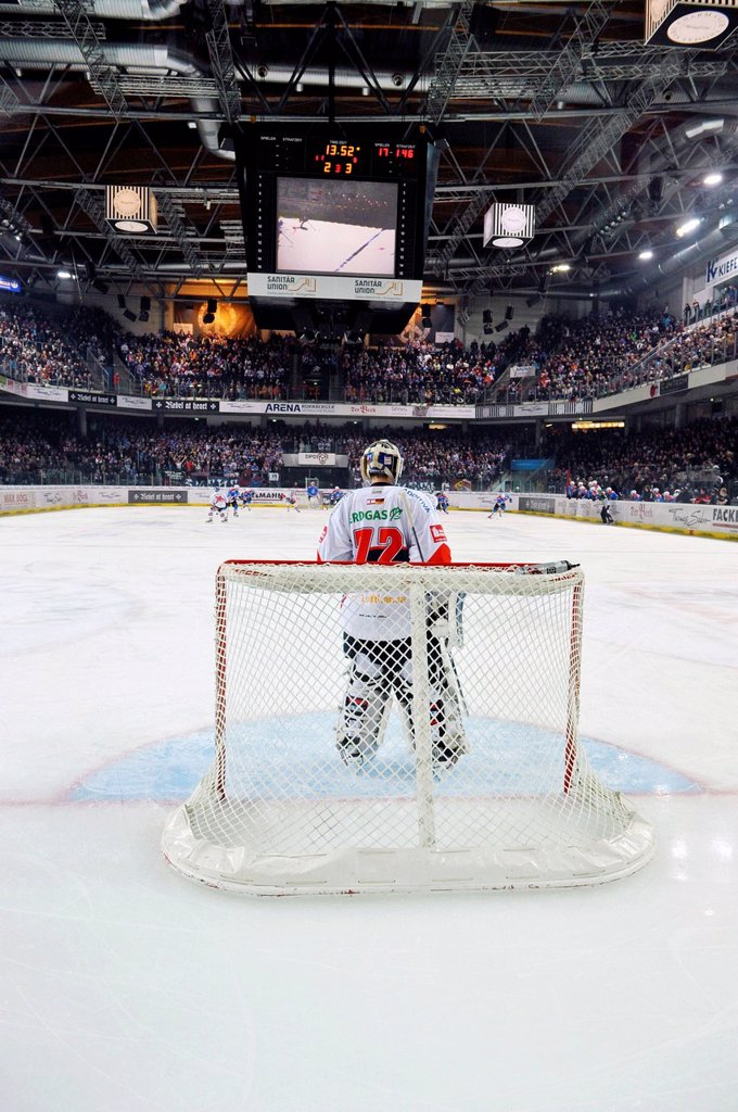 Goalie, ice hockey, Thomas Sabo Ice Tigers Nuernberg vs. Eisbaeren Berlin, Arena Nuremberg, Bavaria, Germany, Europe : Stock Photo