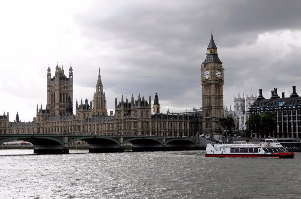 River Thames, Palace of Westminster with the clock tower Big Ben, UNESCO World Heritage Site, Westminster Bridge, London, England, United Kingdom, Europe : Stock Photo