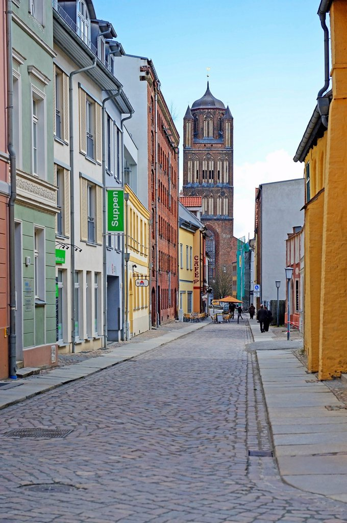 Stock Photo: 1848-681018 Empty street in the Old Town, Hanseatic City of Stralsund, UNESCO World Heritage Site, Mecklenburg_Western Pomerania, Germany, Europe