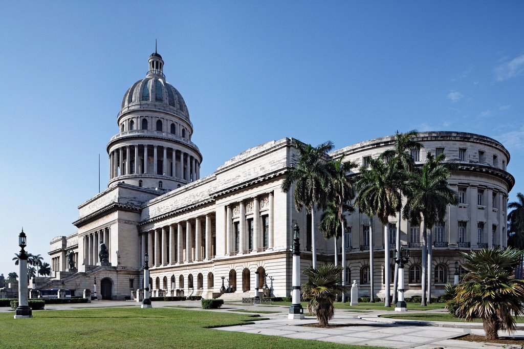 Stock Photo: 1848-681547 El Capitolio or National Capitol Building, old town, UNESCO World Hertiage Site, Villa San Cristobal de La Habana, La Habana, Havana, Republic of Cuba, Caribbean, Central America