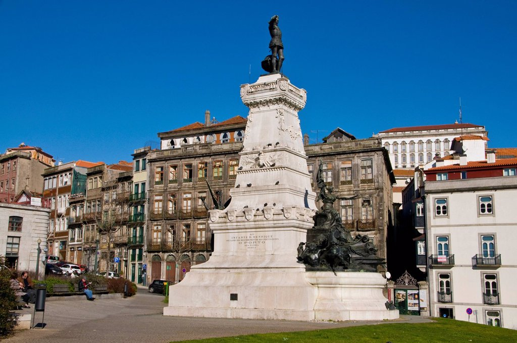 Stock Photo: 1848-683575 Statue of Infante D. Henrique or Henry the Navigator on the Praca do Infante square in the old town, UNESCO World Heritage Site, Porto, Portugal, Europe