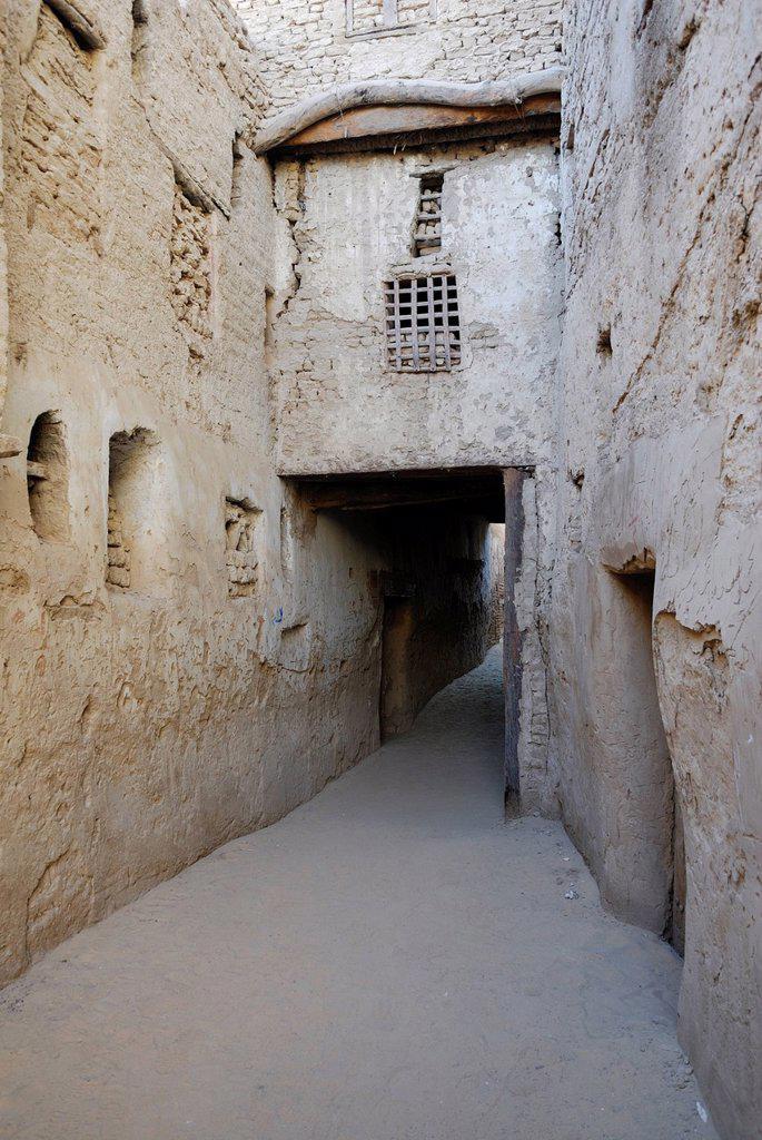 Stock Photo: 1848-684581 Lane, El Qasr, Dakhla Oasis, Western Desert, Egypt, Africa