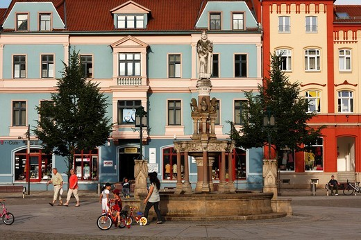 Heinrichs Fountain, Emperor Heinrich II at the market in Meiningen, Rhoen, Thuringia, Germany, Europe : Stock Photo