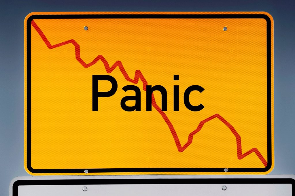 Stock Photo: 1848-685217 Place_name sign with declining stock chart, lettering ´´Panic´´, stock market crash, symbolic image