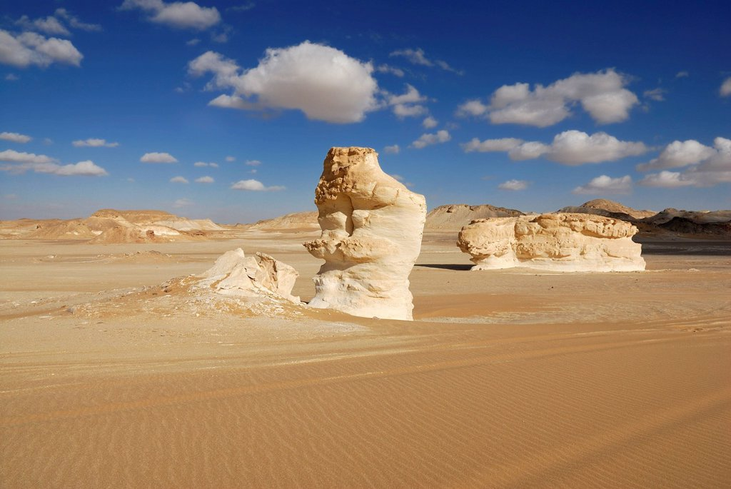 Stock Photo: 1848-686494 Limestone rock formations, White Desert, Farafra depression, Western Desert, Egypt, Africa