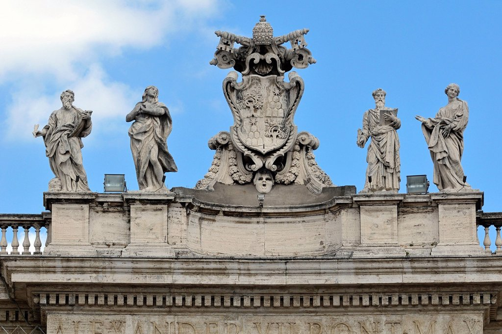 Stock Photo: 1848-688236 Pope´s insignia between four statues of saints on the colonnades, St. Peter´s Square, Vatican City, Rome, Latium region, Italy, Europe