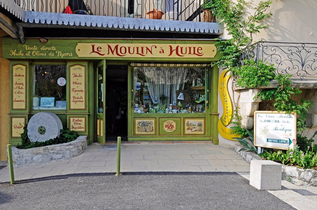 Stock Photo: 1848-689988 Le Vieux Moulin a Huile, oil mill, museum, shop, souvenirs, Nyons, Rhône_Alpes, France, Europe