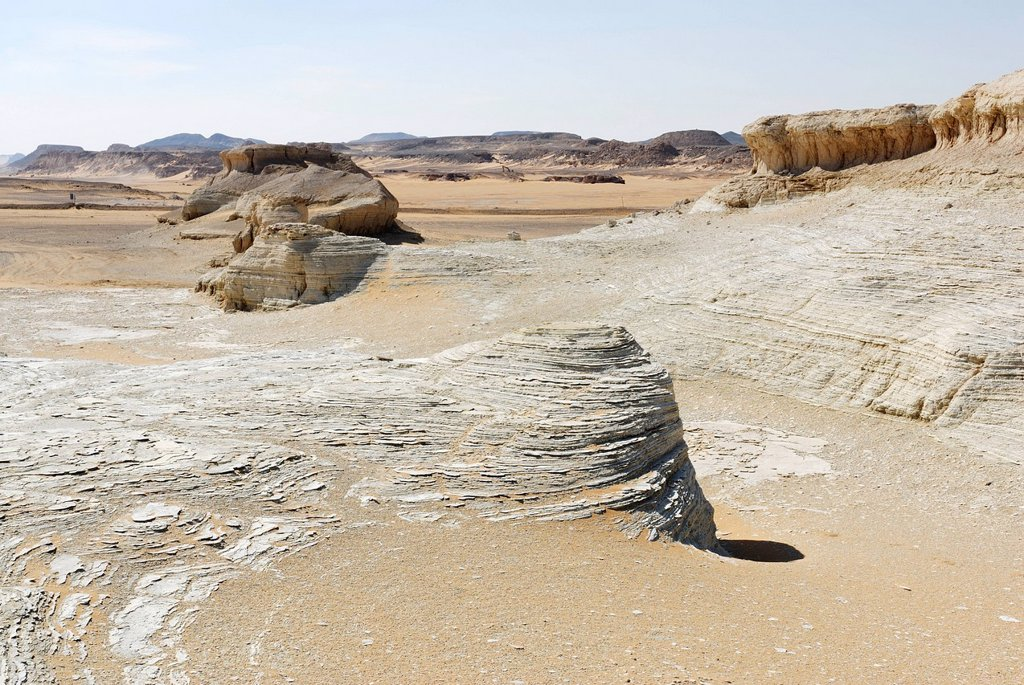 Stock Photo: 1848-690118 Rock formations, desert landscape between the Dakhla Oasis and the Kharga Oasis, Libyan Desert, also known as Western Desert, Sahara, Egypt, Africa