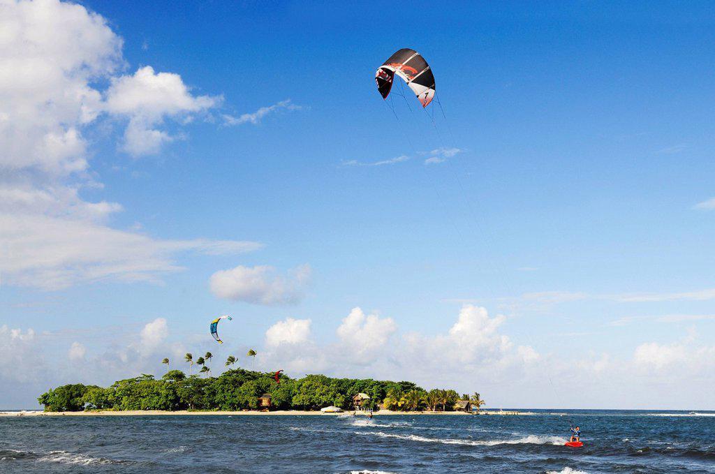 Stock Photo: 1848-690930 Kitesurfers, Mahina Venus Point, Tahiti, Society Islands, French Polynesia, Pacific Ocean