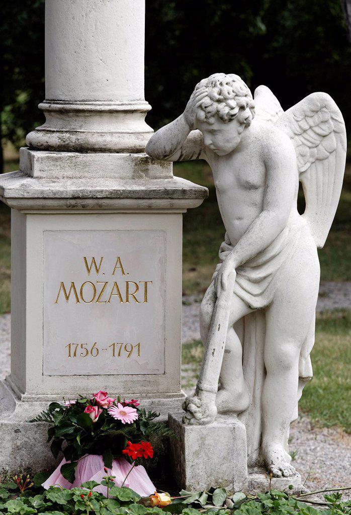 Tomb of Wolfgang Amadeus Mozart, St. Marxer Friedhof cemetery, Biedermeier_cemetery, Vienna, Austria, Europe : Stock Photo