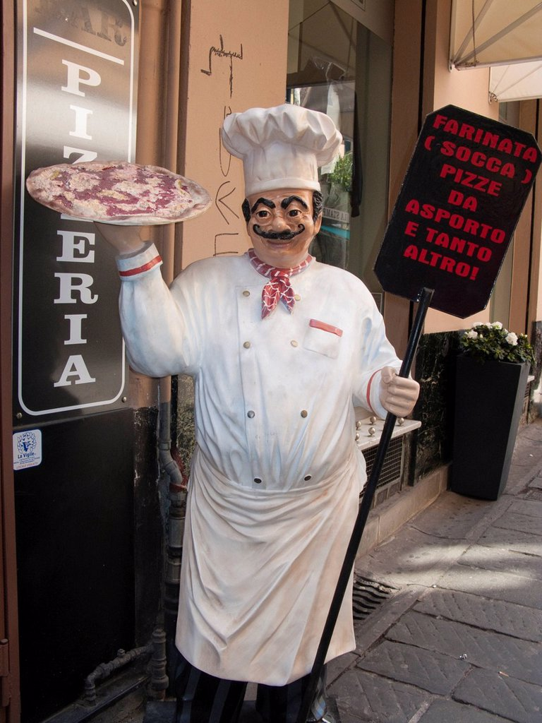 Stock Photo: 1848-691406 Pizza chef as advertising character in front of a pizzeria downtown, harbour town San Remo, Ligurian coast or Riviera di Ponente, Liguria, Italy, Mediterranean Sea, Europ