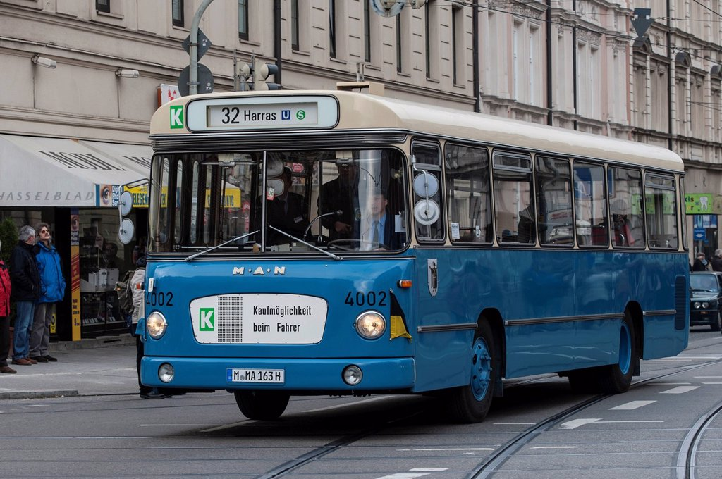 Stock Photo: 1848-691564 Historic bus, 1960_1970´s, Munich, Bavaria, Germany, Europe