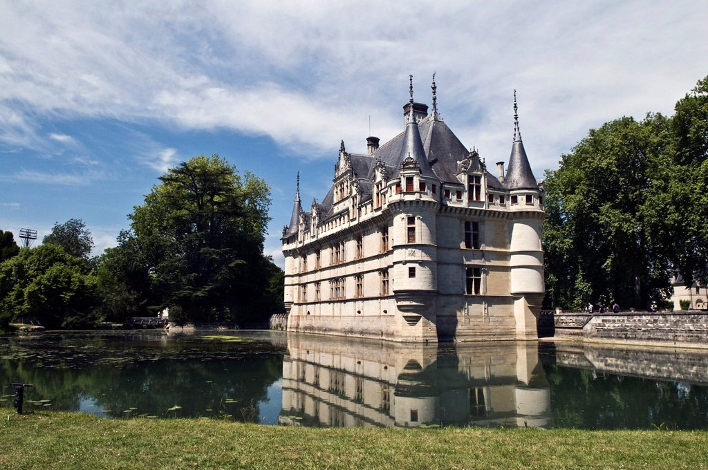 Stock Photo: 1848-693036 Chateau Azay_le_Rideau castle, a Renaissance castle on the Loire river, start of construction in 1510, UNESCO World Heritage site, department of Touraine, France, Europe