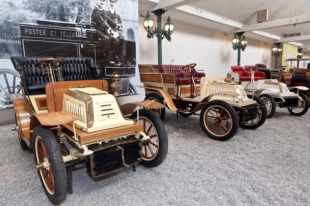 Stock Photo: 1848-694356 De Dion Bouton, Biplace Type S, built in 1902, France, Collection Schlumpf, Cité de l´Automobile, Musée National, National Automobile Museum, Mulhouse, Alsace, France, Europe