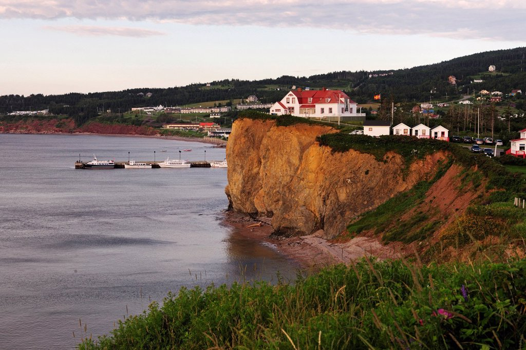 Stock Photo: 1848-694849 The village of Percé on the gulf of the St. Lawrence River, Gaspe peninsula, Gaspésie, Quebec, Canada
