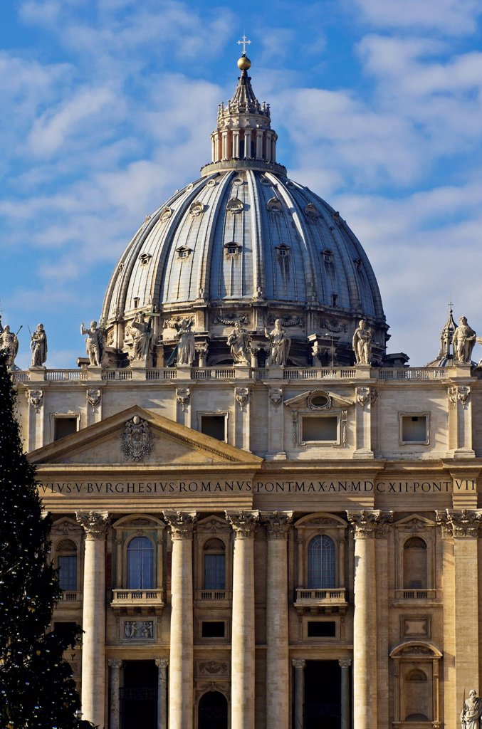 Stock Photo: 1848-697624 St. Peter´s Basilica, facade with statues of saints, St. Peter´s Square, Rome, Vatican, Italy, Europe