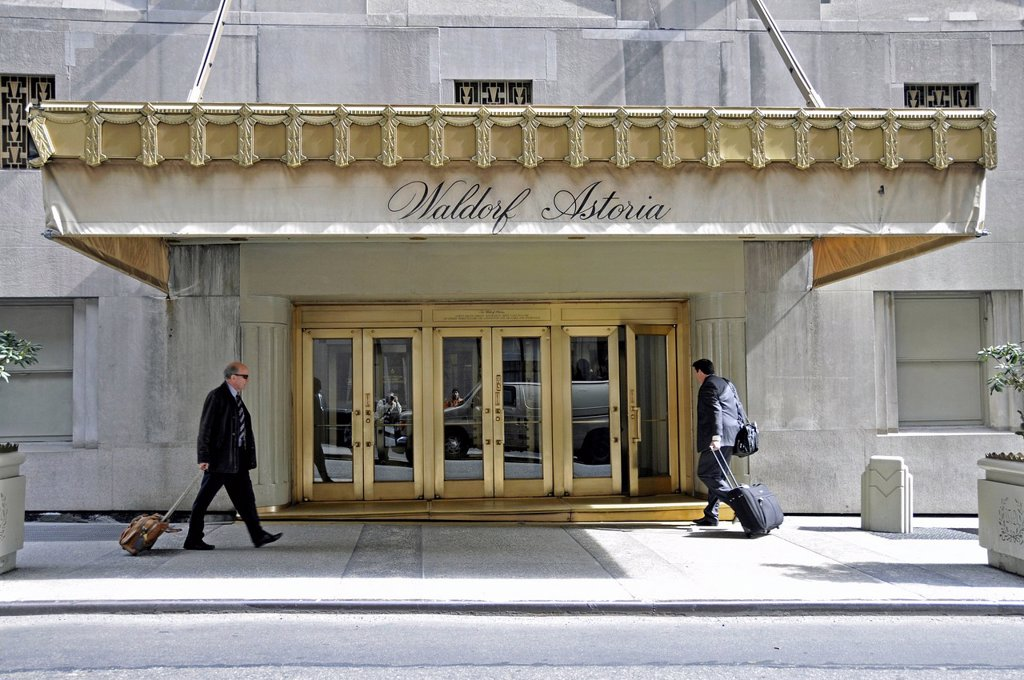 Stock Photo: 1848-698140 Luxury hotel, Waldorf Astoria, Fifth Avenue, Midtown, Manhattan, New York City, United States of America, PublicGround