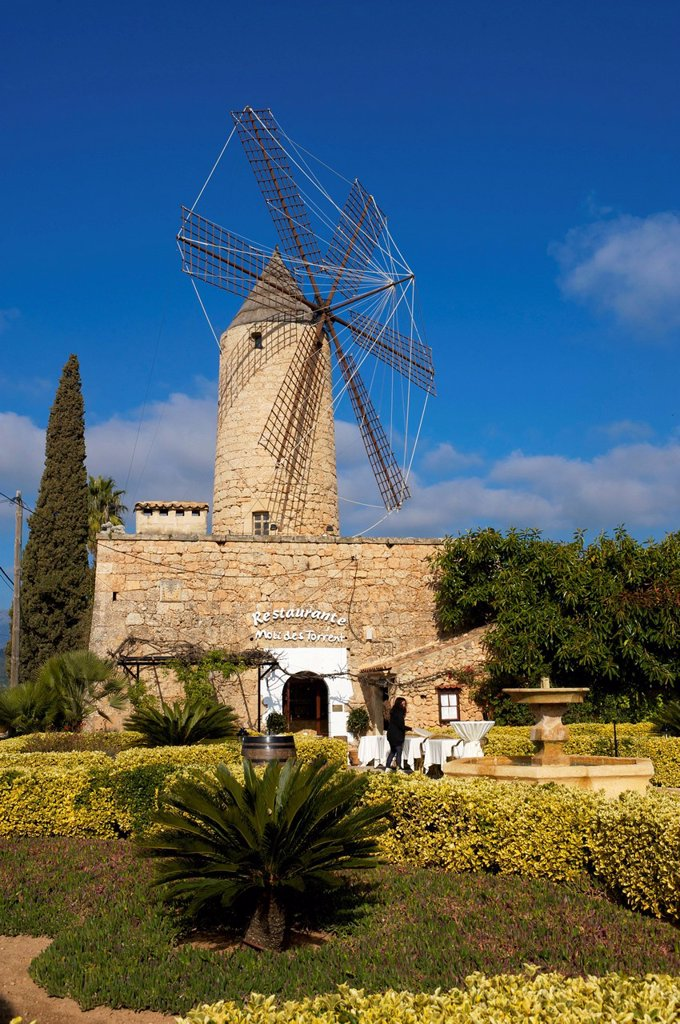 Stock Photo: 1848-698441 Restaurant in a windmill in Santa Maria del Cami, Majorca, Balearic Islands, Spain, Europe