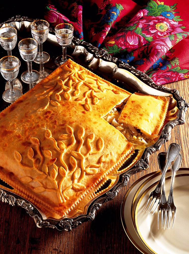 Stock Photo: 1848-699818 Caucasian cabbage pie, pastry filled with cabbage, onions, hard boiled eggs and raisins, Russia, recipe available for a fee