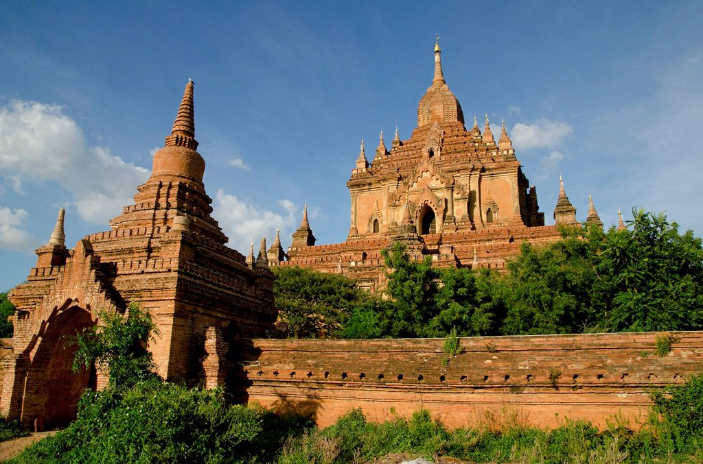 Stock Photo: 1848-700453 Htilominlo Temple, with over 60 meters the highest building in Bagan from the 13th Century, one of the last great temples built before the fall of the Bagan Dynasty, Old Bagan, Pagan, Burma, Myanmar, Southeast Asia, Asia