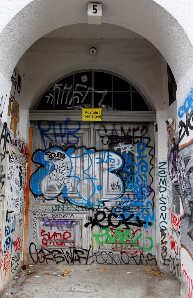 Stock Photo: 1848-701025 Entrance with street art, Berlin Kreuzberg, Germany, Europe