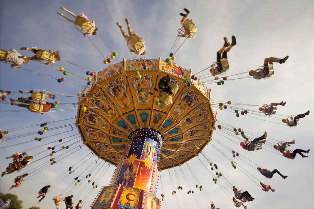 Stock Photo: 1848-702040 Chair swing ride or Chair_O_Planes, Oktoberfest, Munich, Bavaria, Germany, Europe