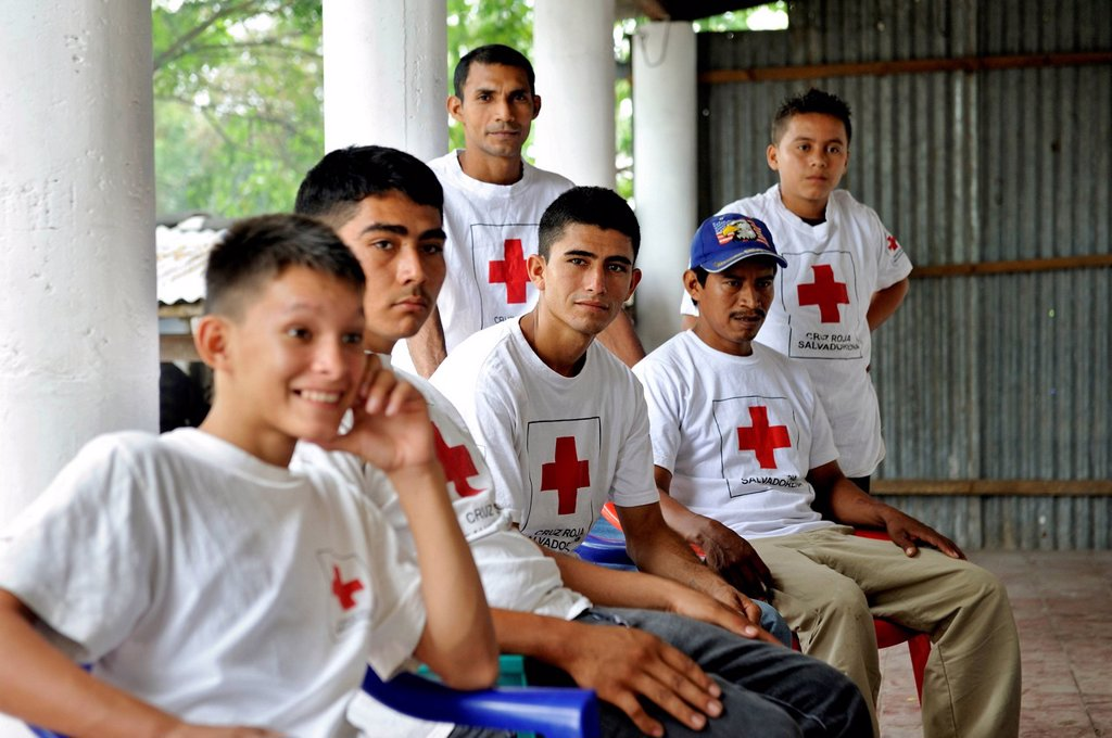 Stock Photo: 1848-702408 Red Cross volunteers in El Salvador, the country most vulnerable to natural disasters in the world, El Angel, Jiquilisco, Bajo Lempa, El Salvador, Central America, Latin America