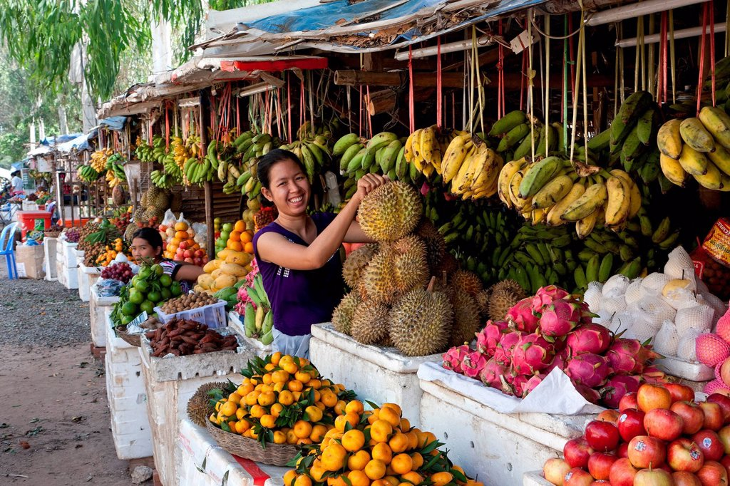 Stock Photo: 1848-702470 Fruit vendor, fruit stand, market, Siem Reap, Cambodia, Southeast Asia, Asia