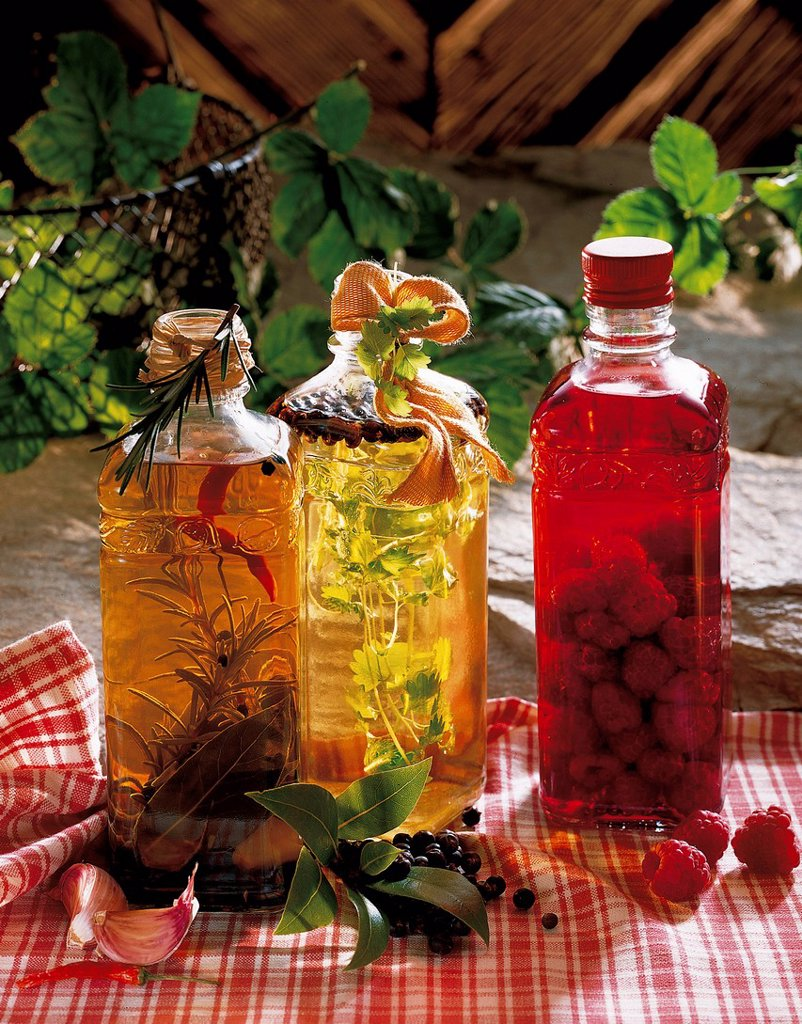 Stock Photo: 1848-704189 Vinegar specialities from Graz, Austria, recipe available for a fee