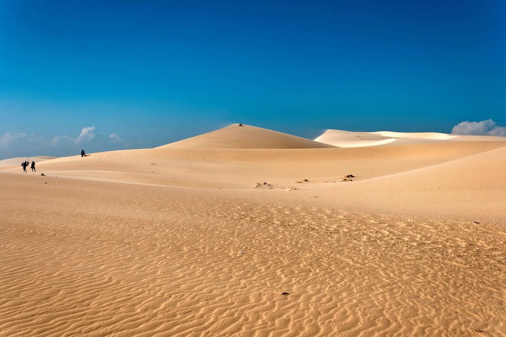 Stock Photo: 1848-704247 Sand dunes in Mui Ne, Vietnam, Southeast Asia, Asia