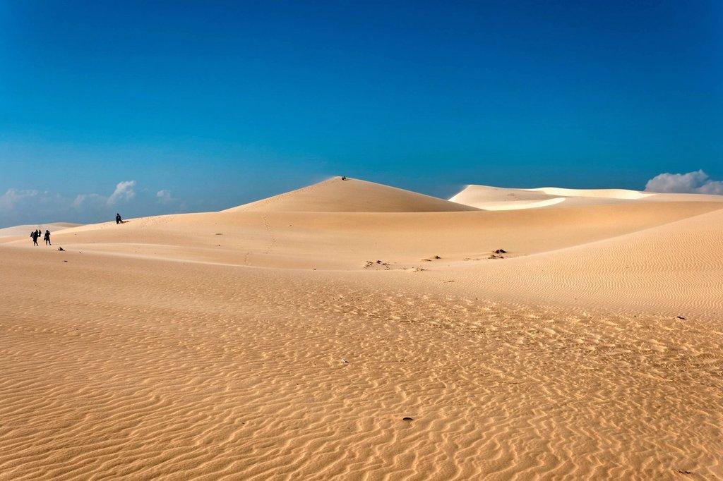 Sand dunes in Mui Ne, Vietnam, Southeast Asia, Asia : Stock Photo