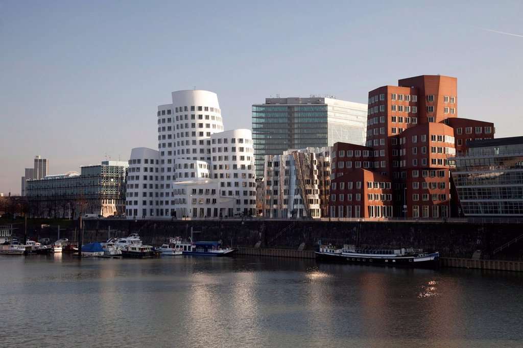 Stock Photo: 1848-705652 Gehry buildings by architect Frank O. Gehry, Neuer Zollhof, Medienhafen harbour, Duesseldorf, state capital, Rhineland, North Rhine_Westphalia, Germany, Europe, PublicGround