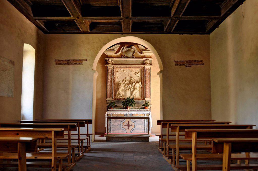 Stock Photo: 1848-706646 Interior view with altar and chapel of Saint Thomas Aquinas, Casa di San Tomaso, Gothic basilica of the Cistercian monastery Fossanova Abbey, near Priverno, Lazio, Italy, Europe