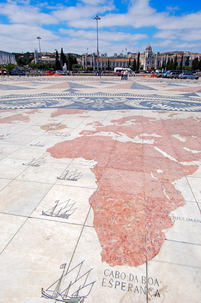 Padrao dos Descobrimentos, Monument to the Discoveries, Belem, Lisbon, Portugal, Europe : Stock Photo