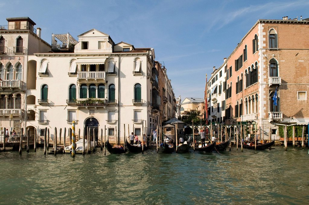 Stock Photo: 1848-706780 Palazzo Pisani_Gritti, now the Gritti Palace Hotel, right, Venice, Veneto, Italy, Europe