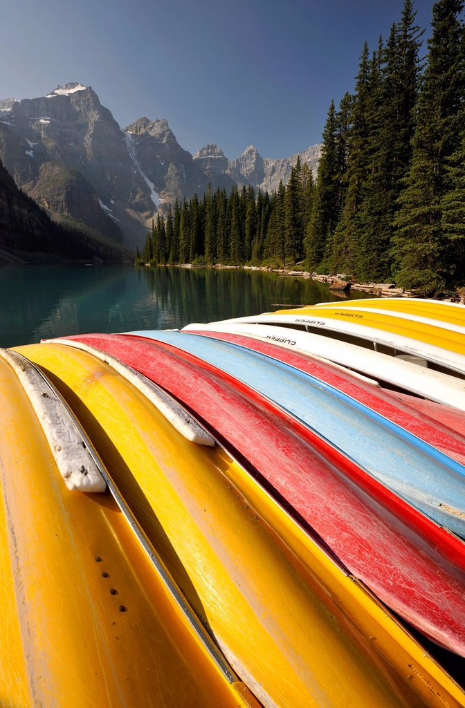 Canoes on Moraine Lake, Valley of the Ten Peaks, Banff National Park, Canadian Rockies, Alberta, Canada : Stock Photo