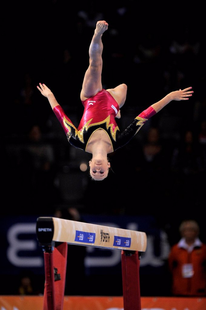 Pia Tolle, GER, performing on balance beam, EnBW Gymnastics World Cup, 11 to 13 Nov 2011, 29th DTB Cup, Porsche_Arena, Stuttgart, Baden_Wuerttemberg, Germany, Europe : Stock Photo