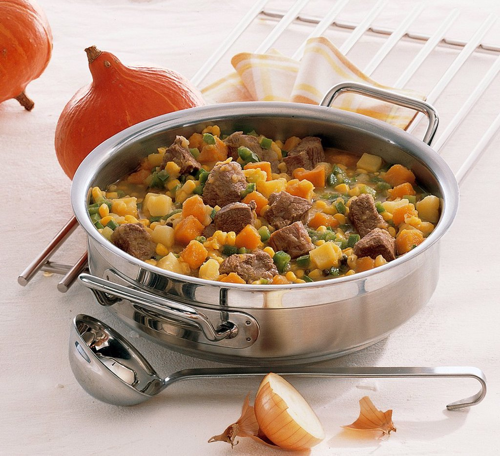 Stock Photo: 1848-709280 Lamb stew with pumpkin, sweetcorn, onions, potatoes and green peppers, Chile, recipe available for a fee