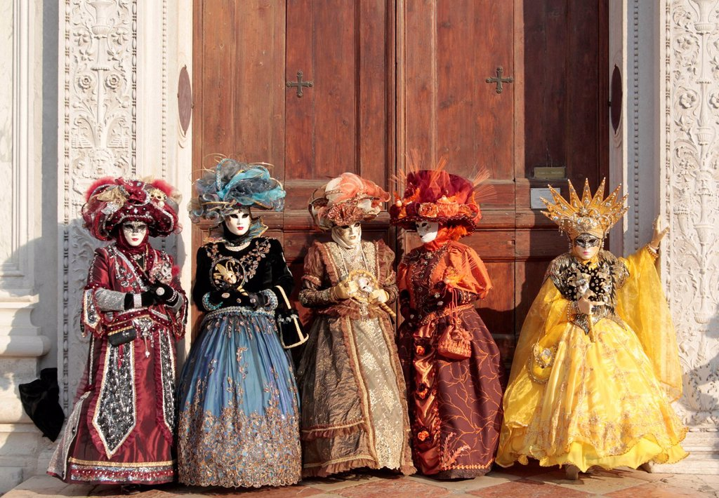Stock Photo: 1848-711595 Mask wearers, Carnival in Venice, Italy, Europe