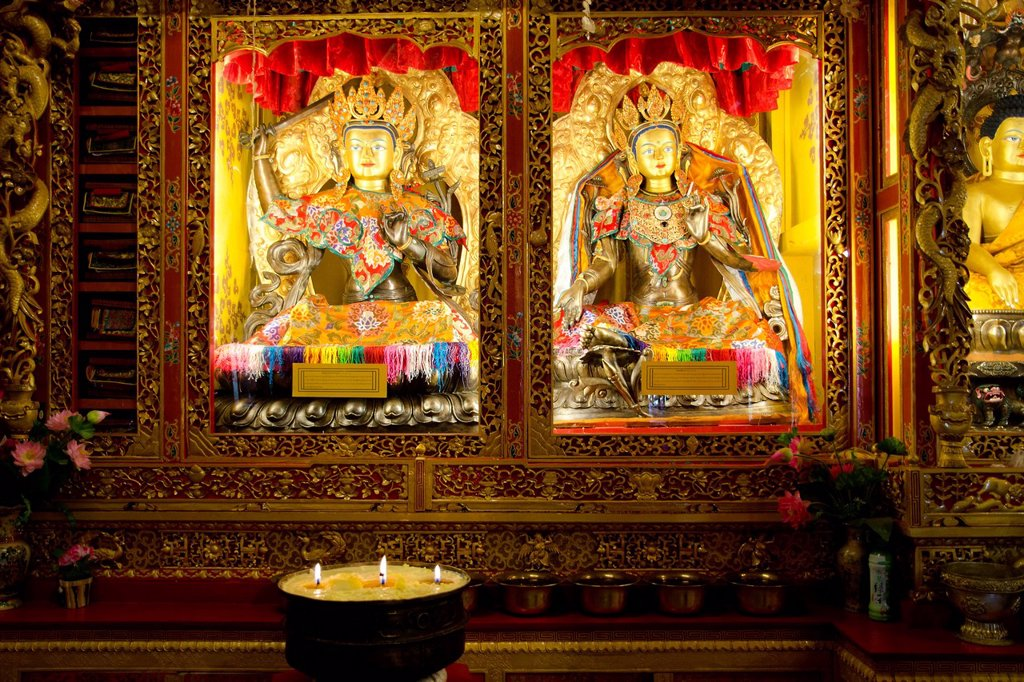 Tibetan Buddhism, illuminated Buddha figures, Reting Monastery, Mount Gangi Rarwa, Himalayas, Lhundrup County, central Tibet, Tibet, China, Asia : Stock Photo