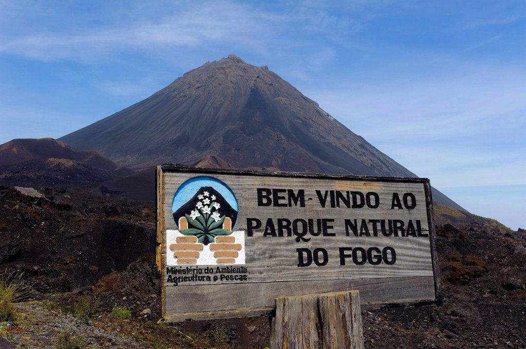 Sign at the entrance to the Parque Natural de Fogo, Fogo, Cape Verde, Africa : Stock Photo
