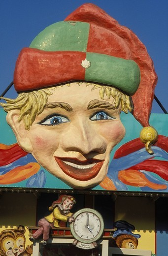 Punch and Judy theatre at the Stuttgart Beer Festival, Cannstatter Volksfest, nostalgia, Stuttgart, Baden_Wuerttemberg, Germany, Europe : Stock Photo