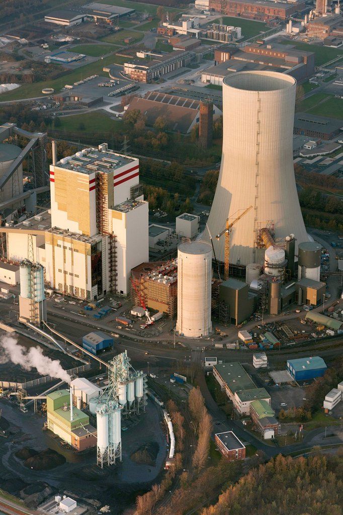 Stock Photo: 1848-713646 Aerial view, Trianel coal power plant, Luenen, Datteln_Hamm Canal, Ruhr area, North Rhine_Westphalia, Germany, Europe