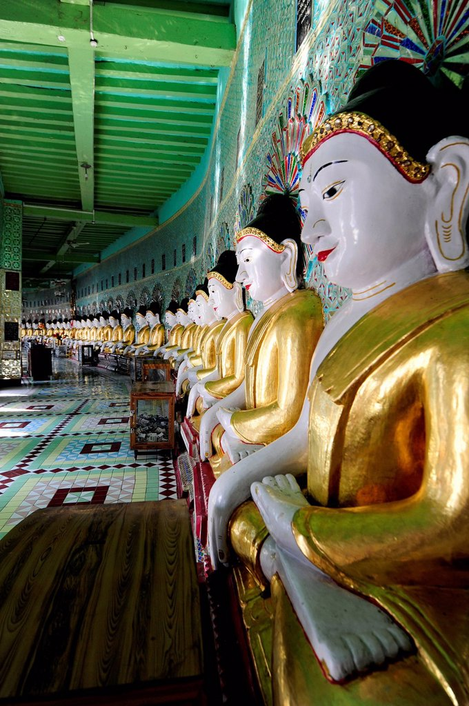 Stock Photo: 1848-713828 Buddha statues in a monastery, Umin Thounzeh Pagoda, Sagaing, Mandalay, Burma also known as Myanmar, Southeast Asia, Asia