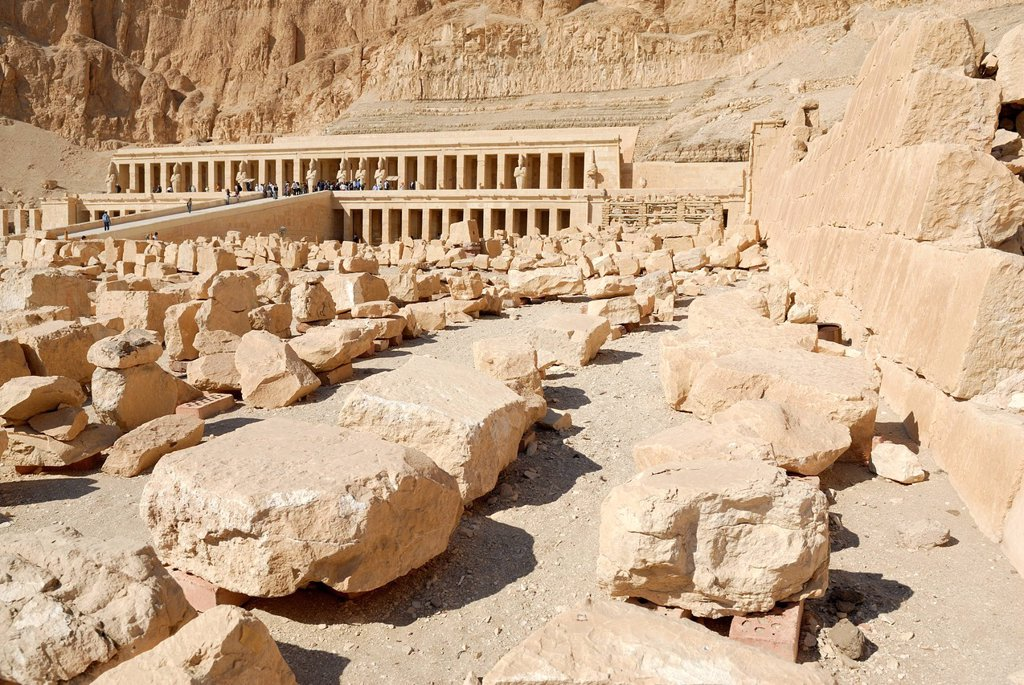 Mortuary temple of Queen Hatshepsut, western Thebes, Deir el_Bahri, Luxor, Nile Valley, Egypt, Africa : Stock Photo