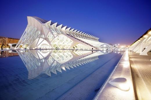 ESP, Spain, Valencia : Ciudad de las Artes Y de las Ciencias, City of arts and sciences. Museo de las Ciencias Principe Filipe : Stock Photo